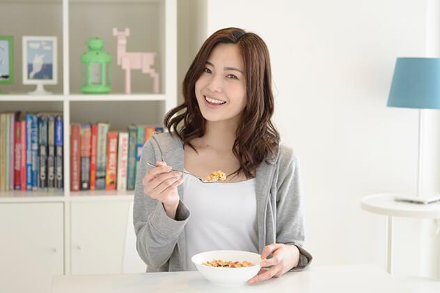 温灸器を使用した後、ものすごくお腹かがすきますが、本当に食べてもかまいませんか?